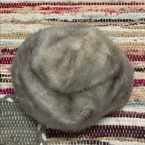 Accessories - Vintage fur hat